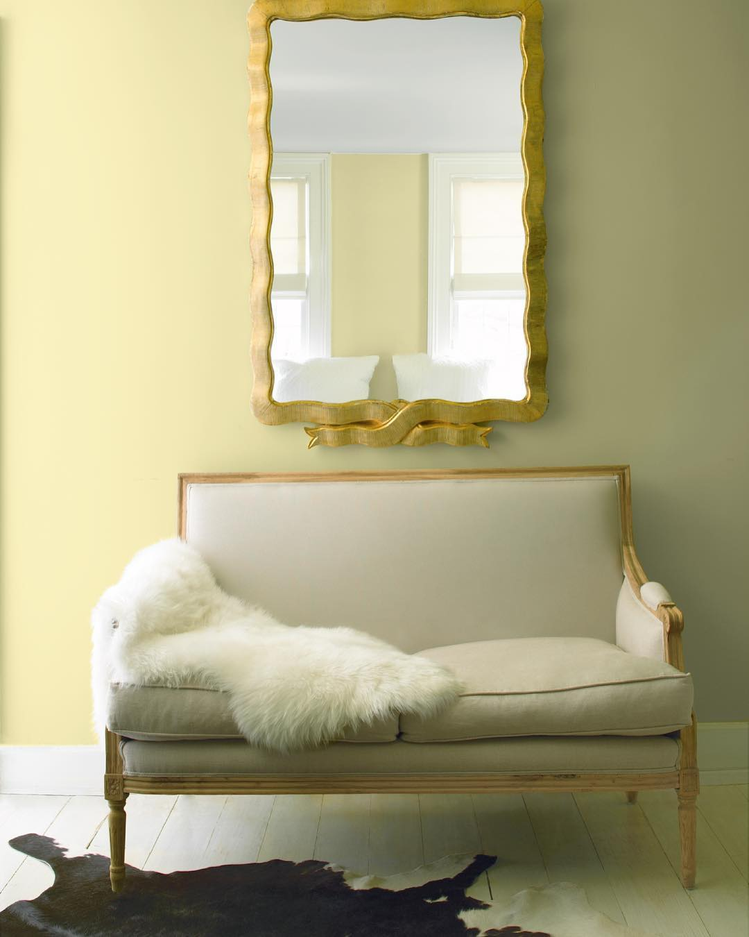 Liverpool Bedroom Wallpaper Blue And Yellow Bedroom Color Schemes House Interior Bedroom For Kids Bedroom Decor Pictures Ideas: Benjamin Moore Beacon Hill Damask