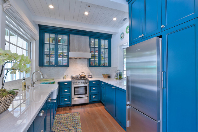 Cobalt blue kitchen interior design ideas