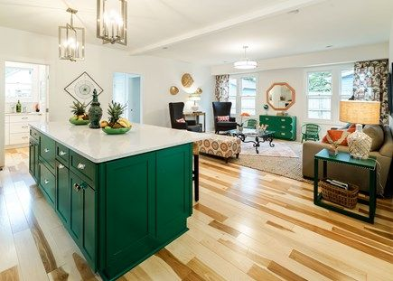 Interior design ideas interiors by color for Designs of the interior green bay