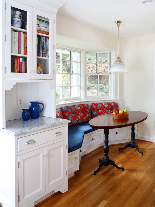 White kitchen with Benjamin Moore paints