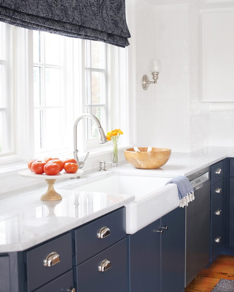 white and navy kitchen Benjamin moore hale navy