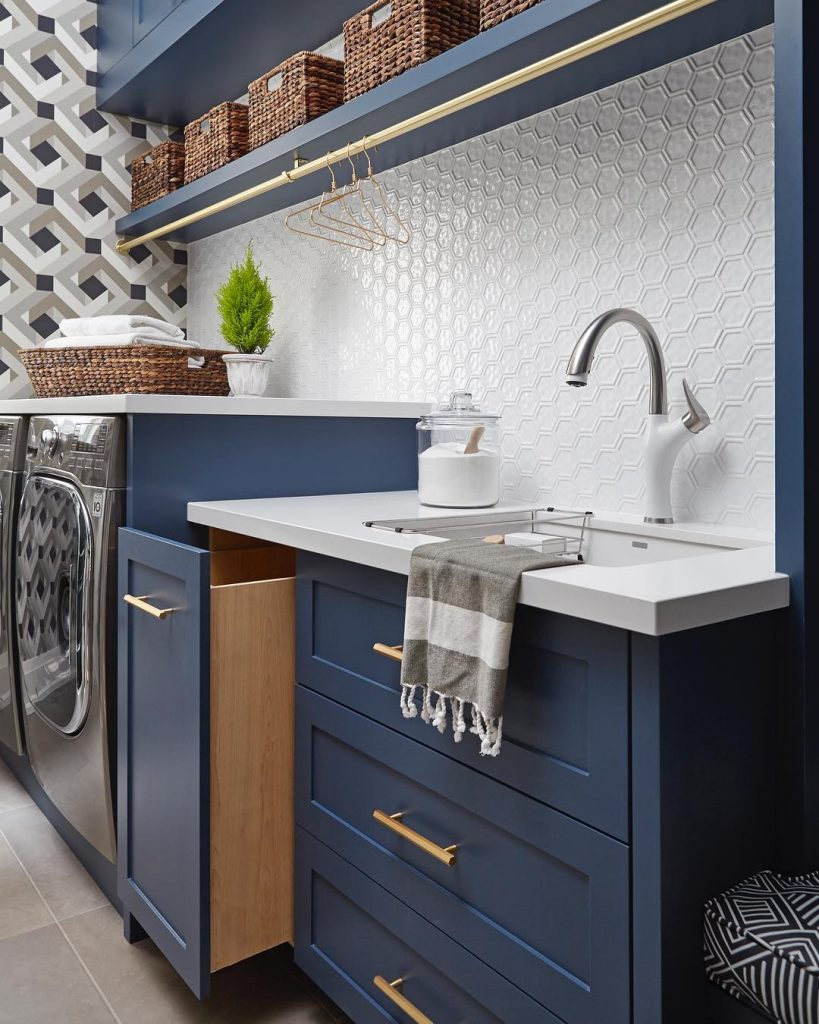 Benjamin Moore Gentlemans Gray Laundry Interiors By Color - Paint colors that go with gray cabinets