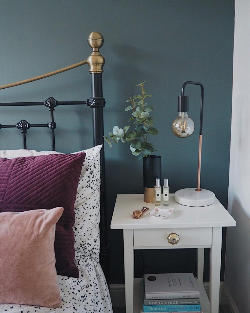 Farrow and Ball Downpipe bedroom feature wall - click on image to see more examples