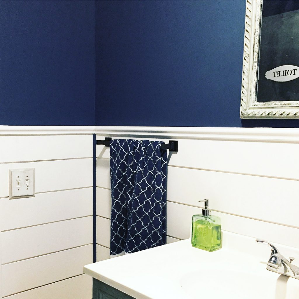 Van Deusen Blue by Benjamin Moore Bathroom Walls