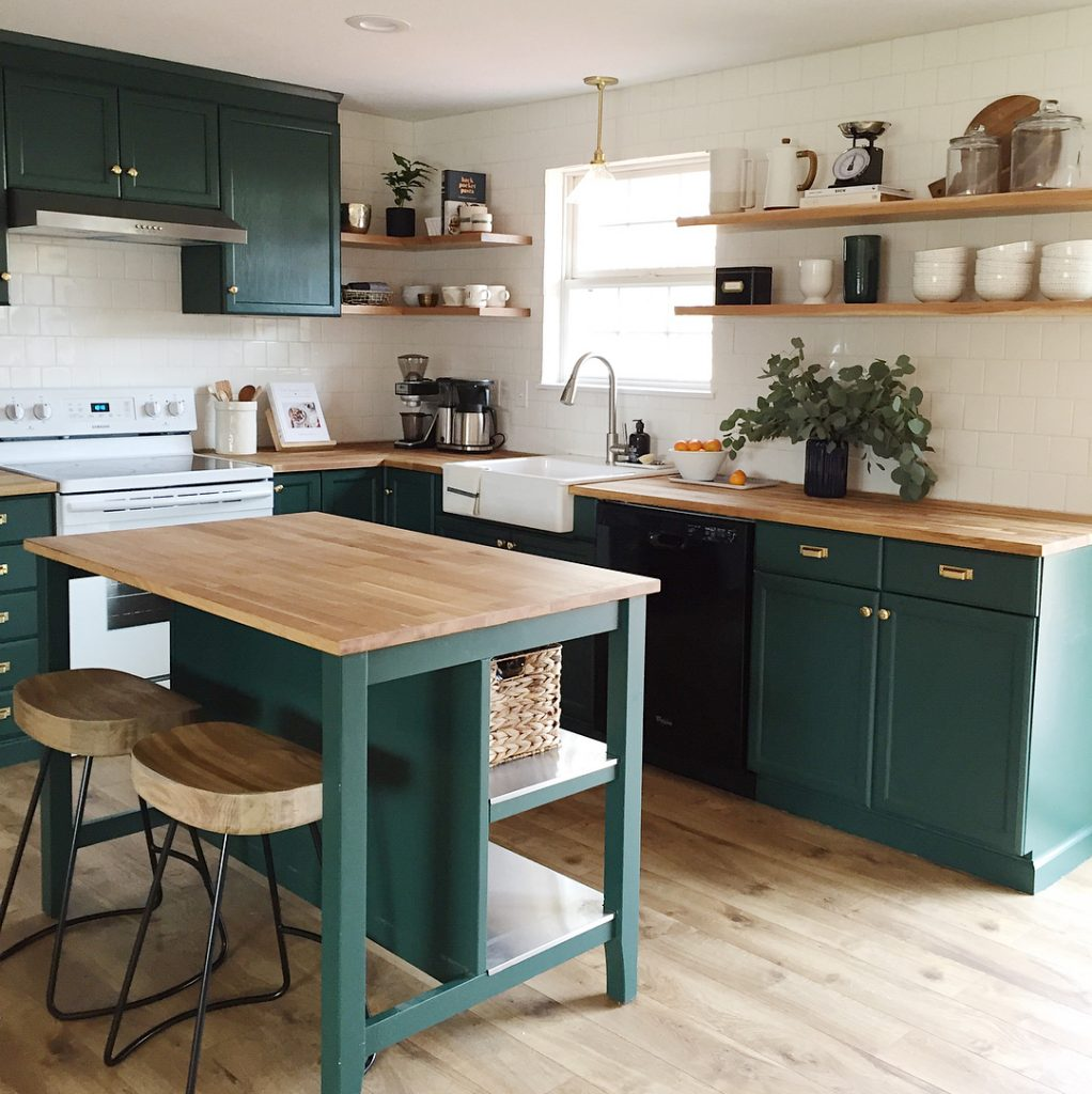 green kitchen cabinets - Interiors By Color (6 interior ...