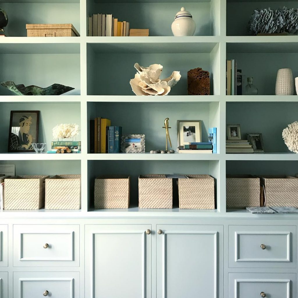 Benjamin Moore Woodlawn Blue Paint Color Scheme