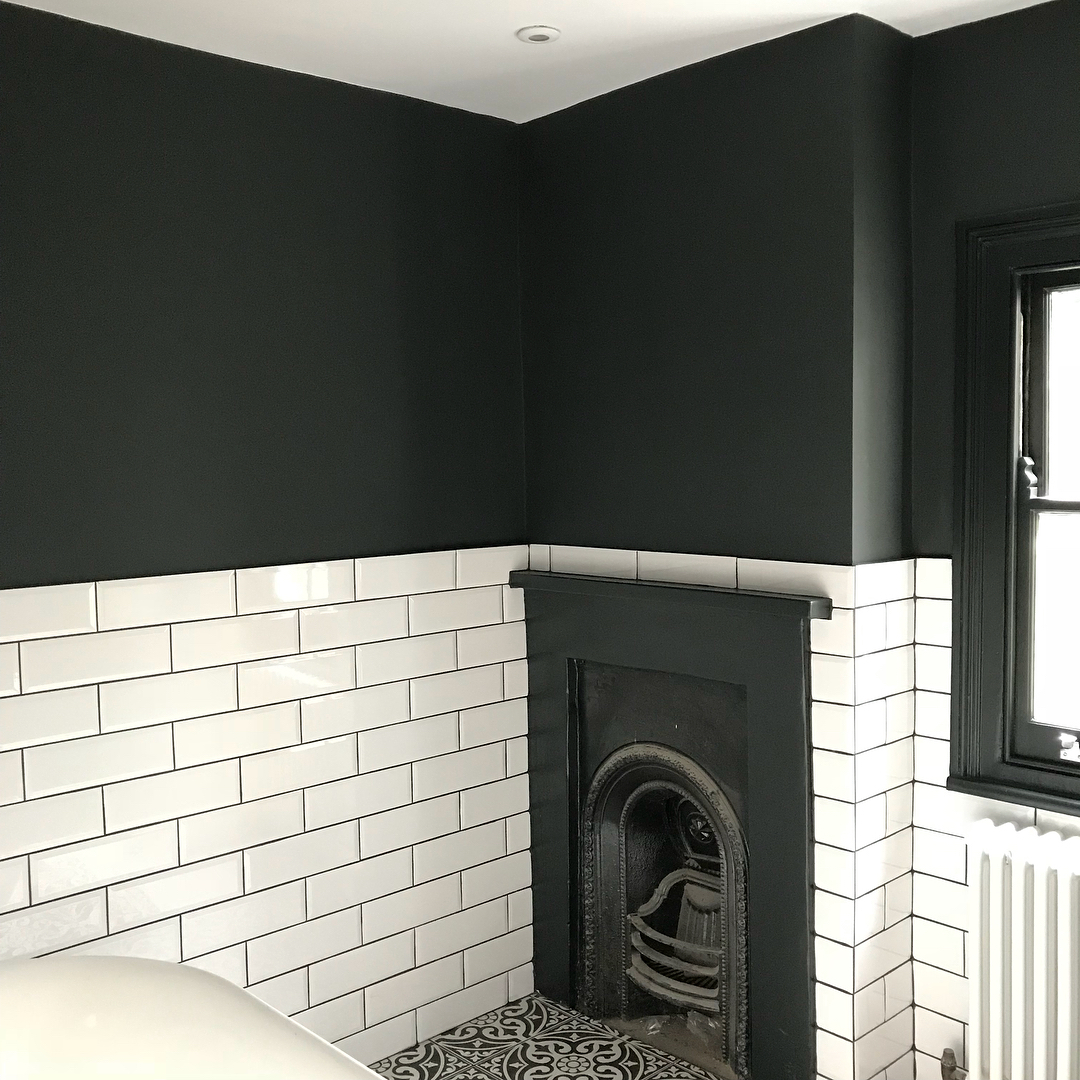 Black Bathroom Little Greene S Lamp Black Interiors By Color