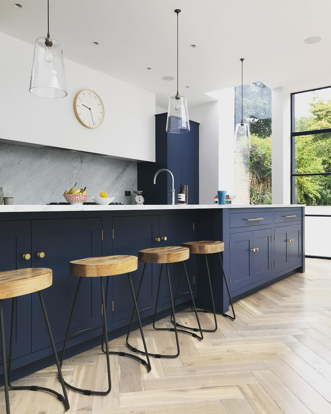 Blue Kitchen London: Navy, Marble And Brass Kitchen Decor