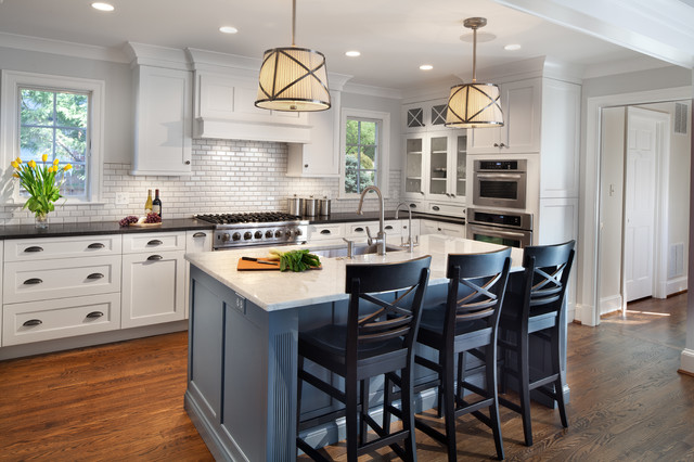 Sherwin Williams Bracing Blue paint color scheme kitchen. Blue and white kitchen paint color palette.