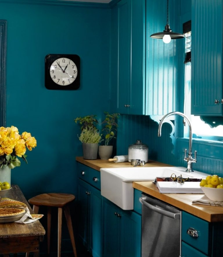Benjamin Moore Caribbean Blue Water Teal Kitchen Paint Color Scheme