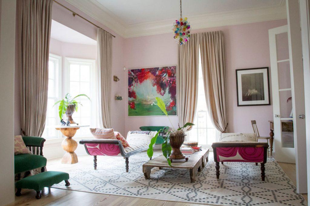 Living Room Painted in Benjamin Moore Paisley Pink