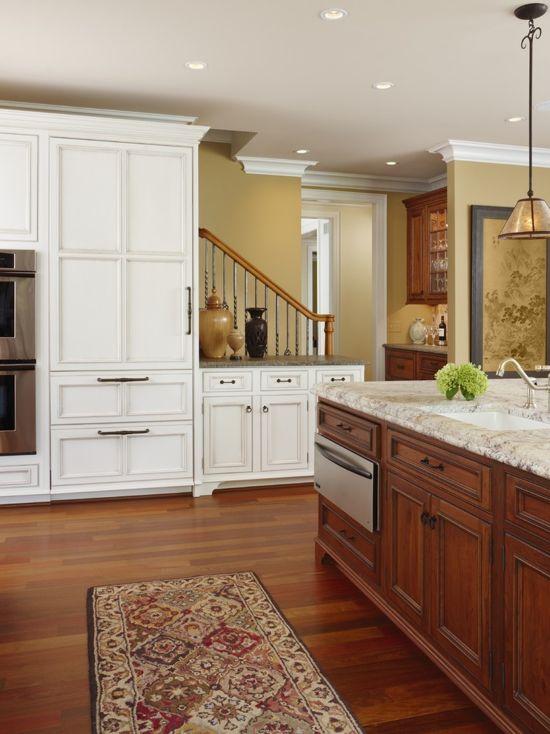 Kitchen Painted in Benjamin Moore Decatur Buff.