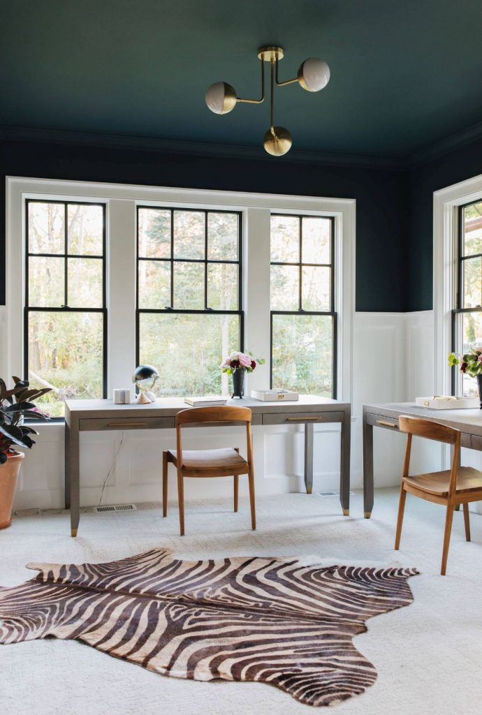 Benjamin Moore Navy Masterpiece painted wall and ceiling