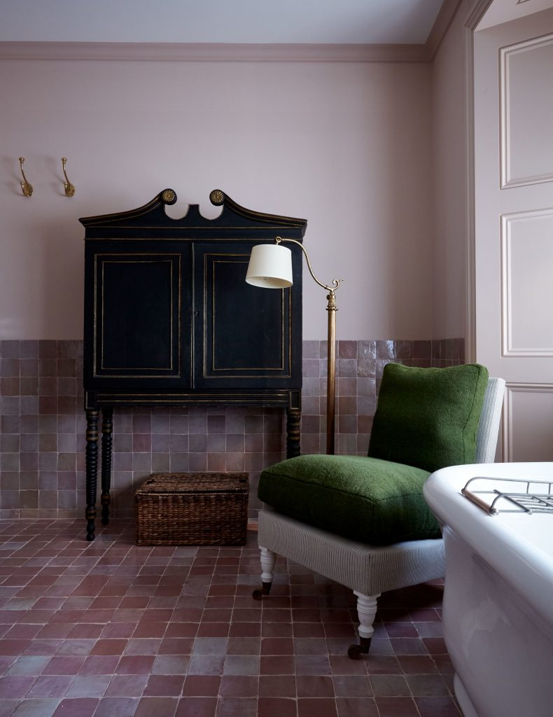 Farrow & Ball's Setting Plaster bathroom wall
