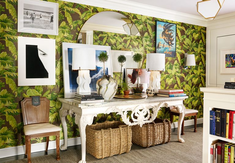 Green wallpaper foyer interior design idea