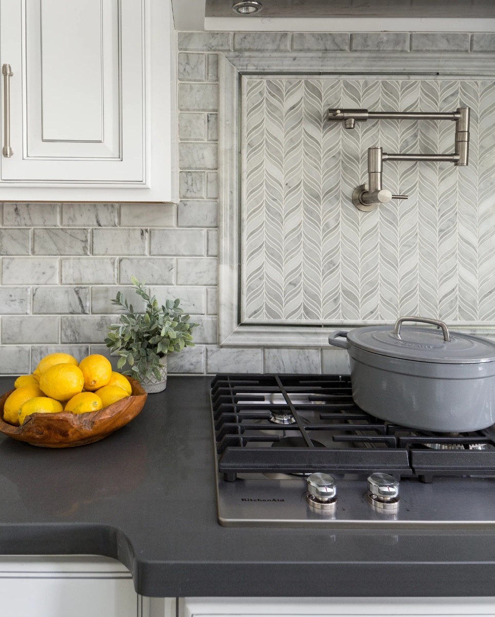 Kitchen Splashback Idea 2020 In Greige Neutrals Interiors By Color