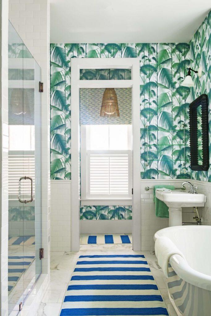Palm jungle wallpaper bathroom interior design 2020