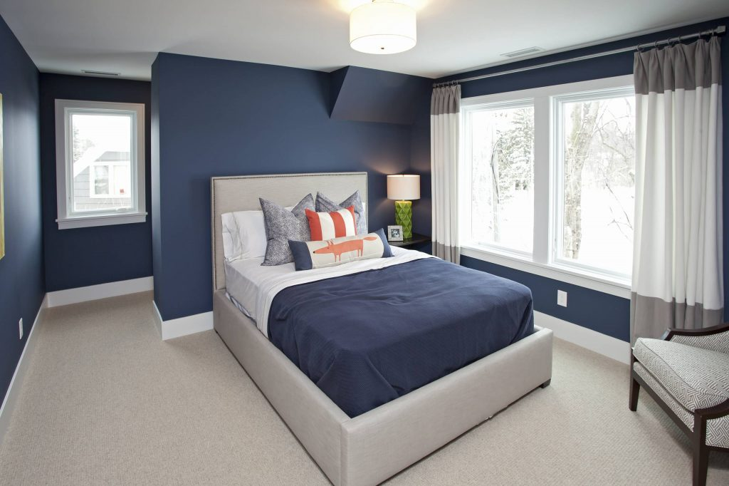 Navy bedroom Benjamin Moore Newburyport Blue
