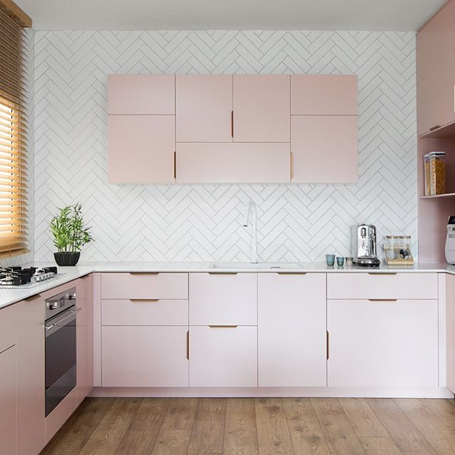 Powdery pink kitchen interior design
