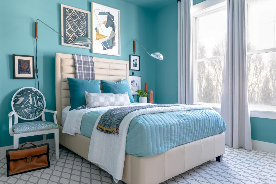 Turquoise acqa bedroom walls