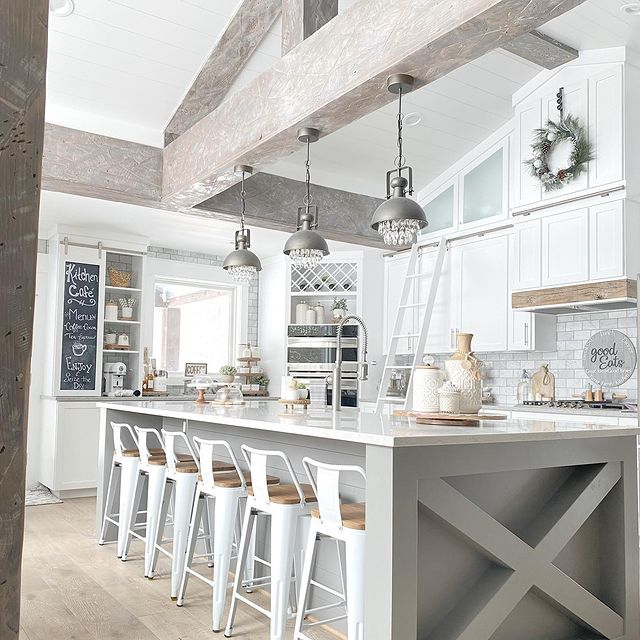 Modern farmhouse kitchen cabinets benjamin moore chantilly lace