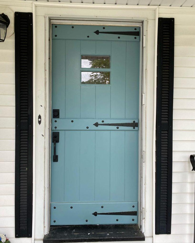 Benjamin Moore Aegean Teal 2021 front door paint color