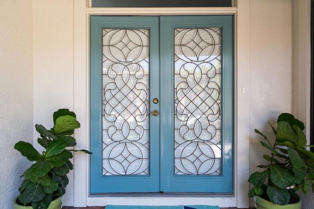 Benjamin Moore Aegean Teal 2021 front door paint color gloss