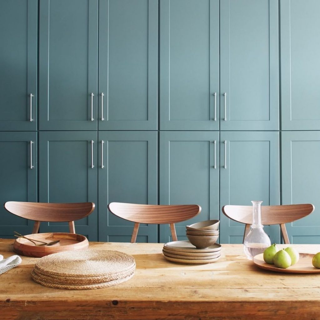 Benjamin Moore Aegean Teal kitchen cabinets
