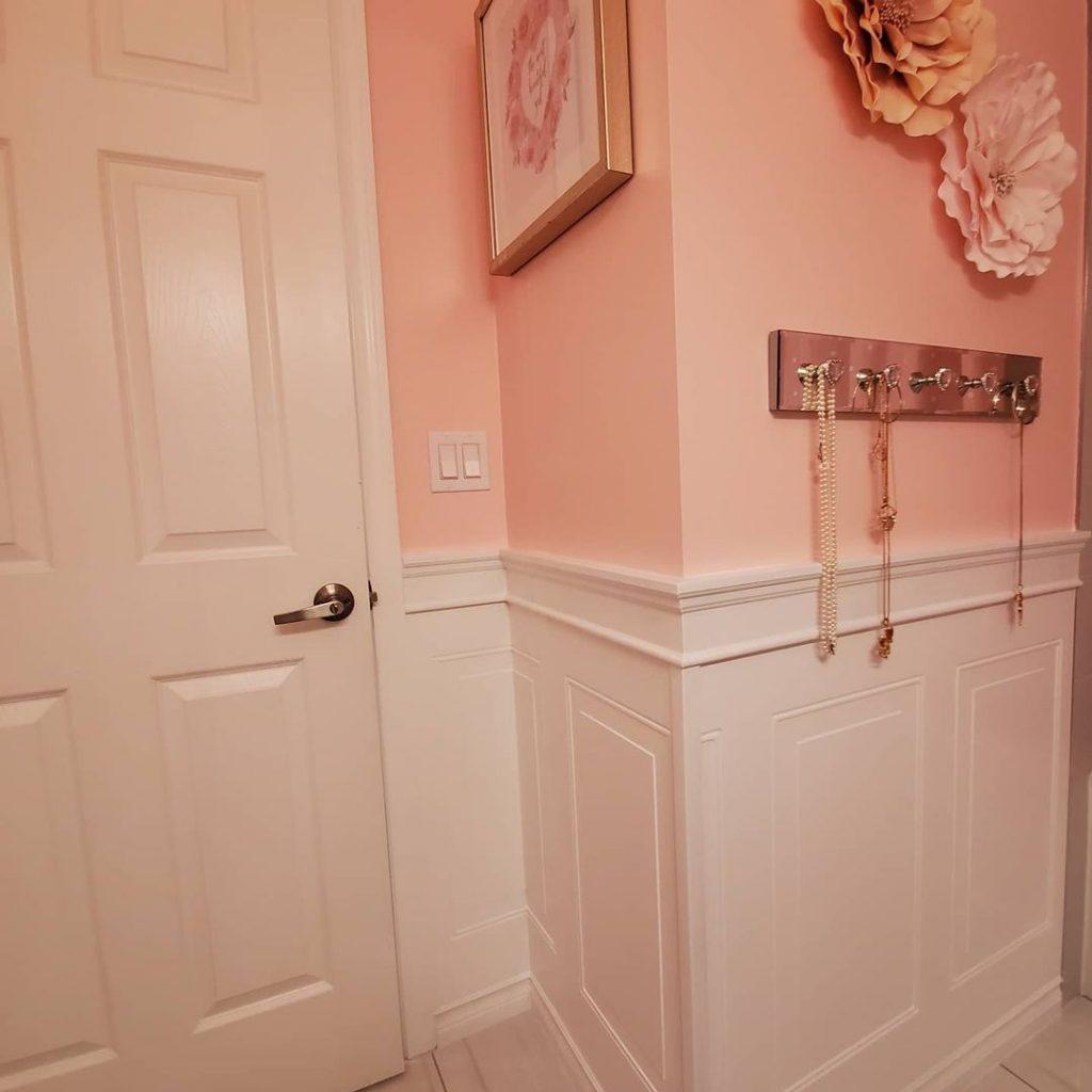 Benjamin Moore Elephant Pink painted bathroom