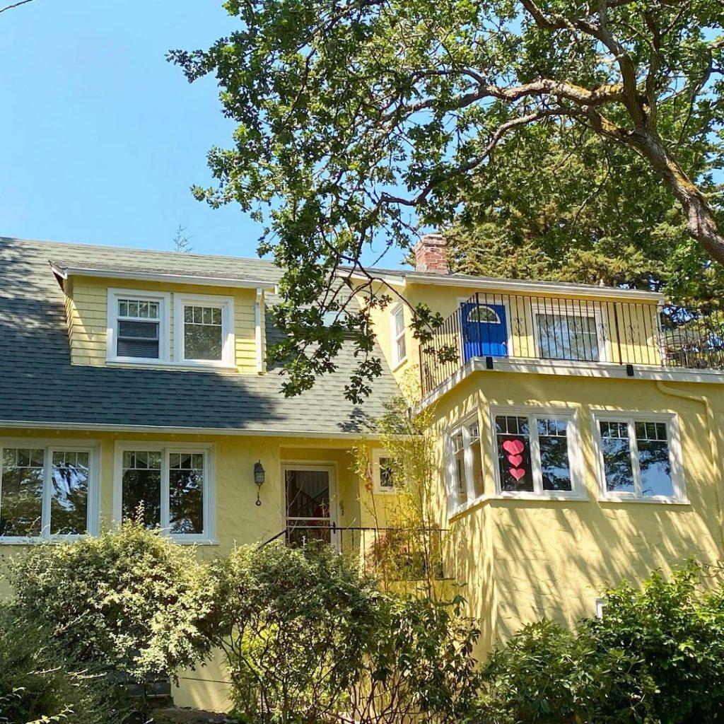Benjamin Moore Hawthorne yellow painted exterior