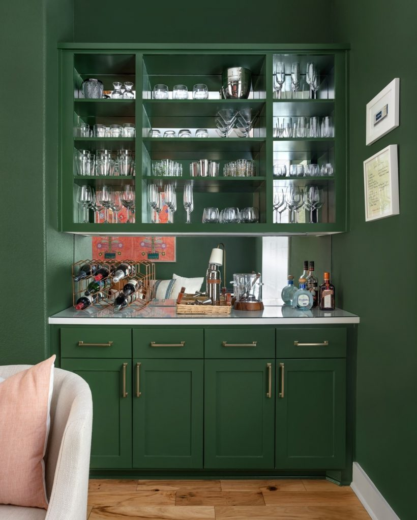 Benjamin Moore Peale Green bar paint