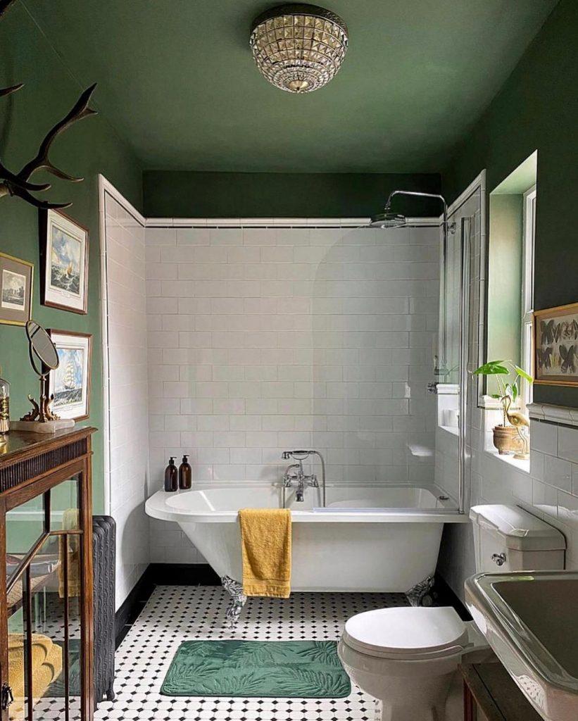 Benjamin Moore Peale Green bathroom walls and ceiling