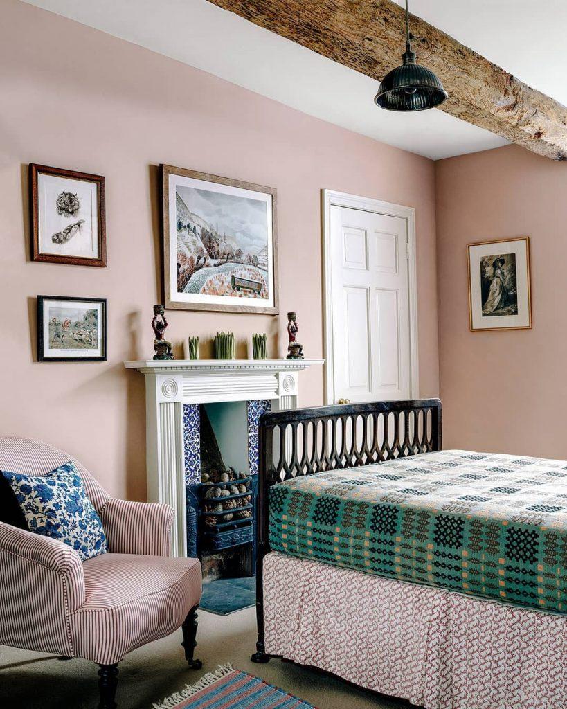 Edward Bulmer Paint Jonquil pink bedroom walls