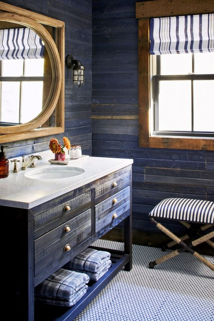 Newburyport Blue by Benjamin Moore bathroom