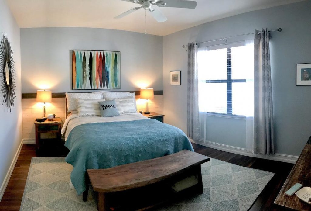 Benjamin Moore Brittany Blue coastak bedroom