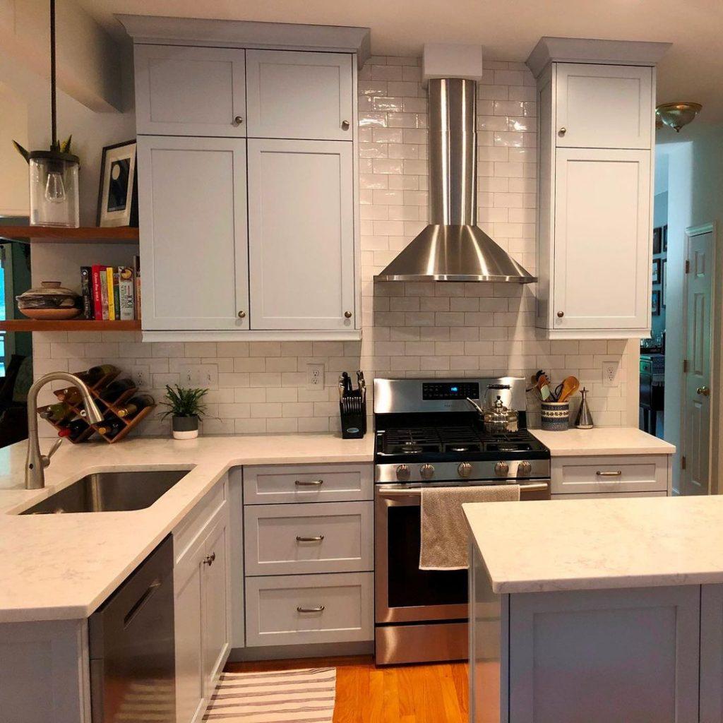 Benjamin Moore Brittany Blue kitchen