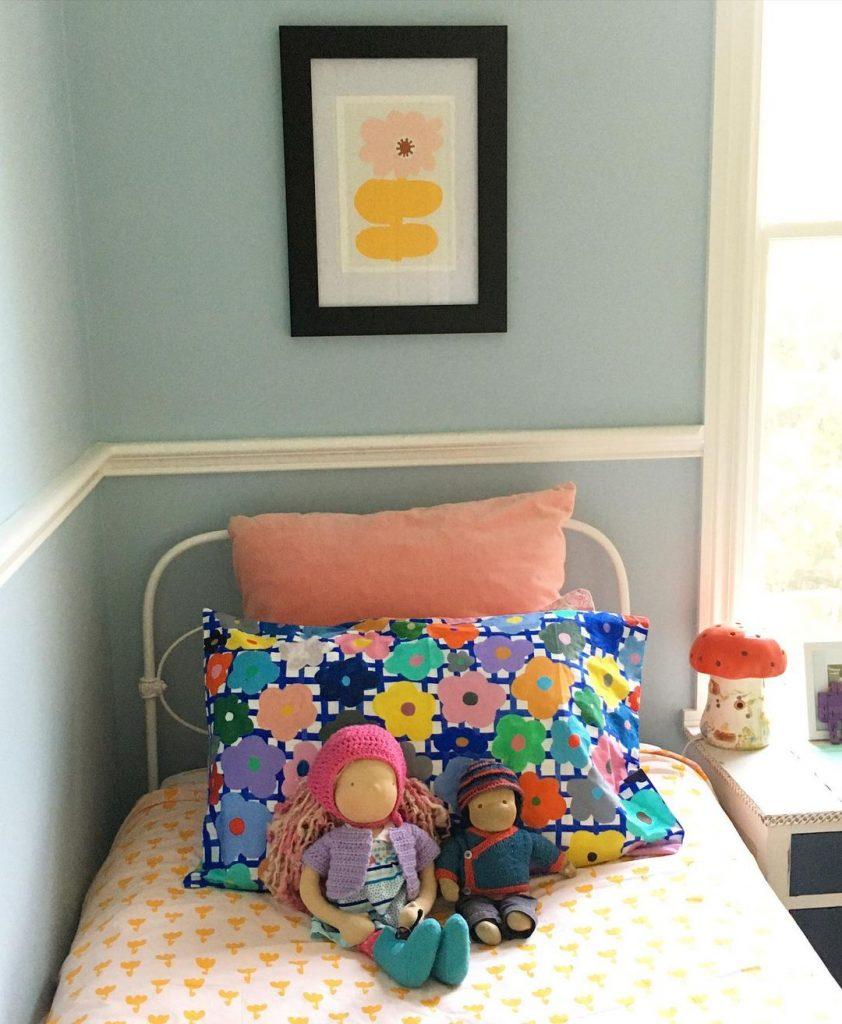Dulux Sea Breeze Half Quarter bedroom blue walls