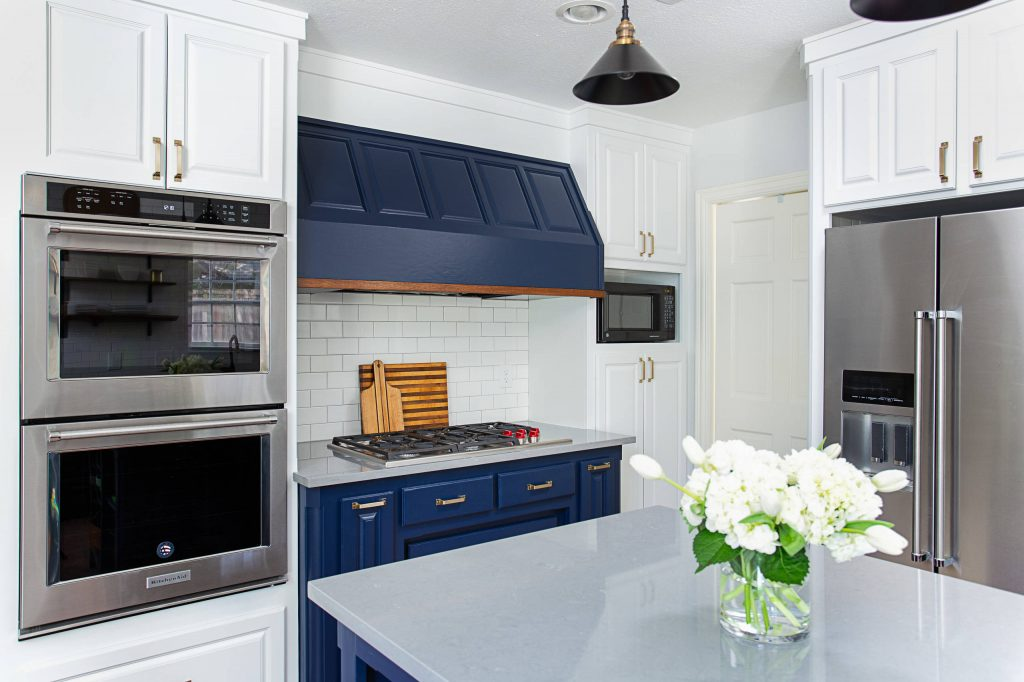 Kitchen Painted in Sherwin Williams Naval and Pure White